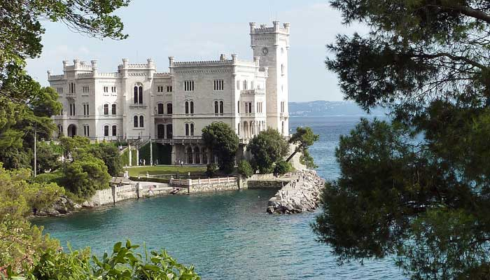 Italian Summer Course in Trieste, Italy
