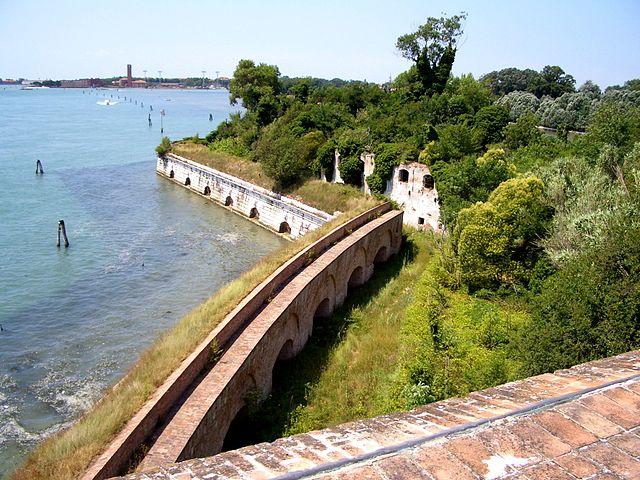 Forte Sant'Andrea - learn italian in Venice