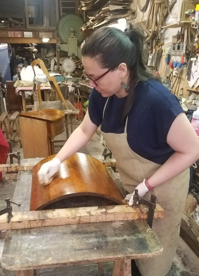 furniture restoration holiday course italy