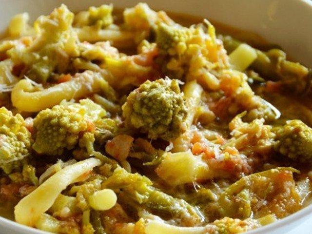 Macarrão com brócolis e peixe arzilla (foto de grodolce.it)